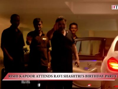 Rishi Kapoor attends Ravi Shastri's birthday party