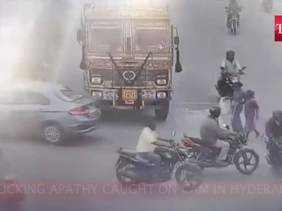 Shocking apathy: No one stops to help as 2 accident victims bleed to death in Hyderabad