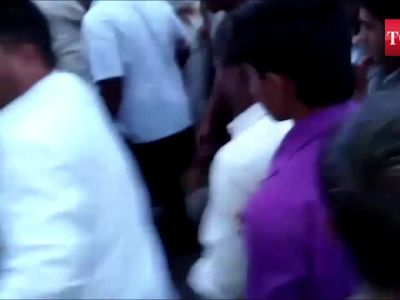 Shocking! Man dragged by mob in presence of cops, thrashed to death