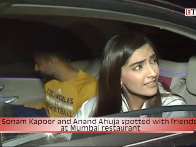 Sonam Kapoor and Anand Ahuja spotted with friends at Mumbai restaurant