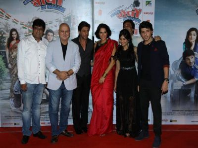 SRK at Ekkees Topon Ki Salaami trailer launch